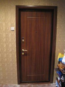 Установка металлических дверей в Одессе